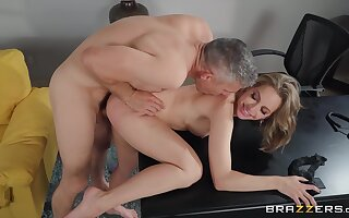 I want Kimmy Granger down play with my chunky hungry penis too