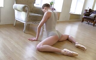 My flexible GF is one nasty ballerina and she's got a magic natural body