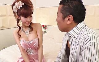 Makoto Yuki :: Hold A Cabaret club Girl Alone 1 - CARIBBEANC