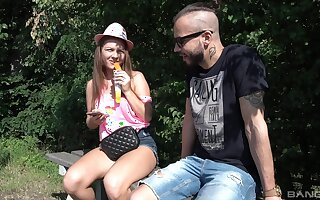 Quickie outdoors fucking with amateur fixture Mila Fox